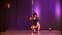 Alma Gonzalez en Pole Royalty